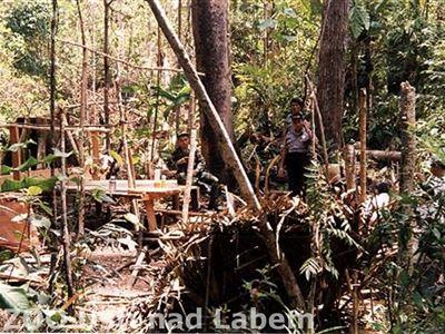 Když se ještě v Sungai Wainu těžilo - archivní foto 2