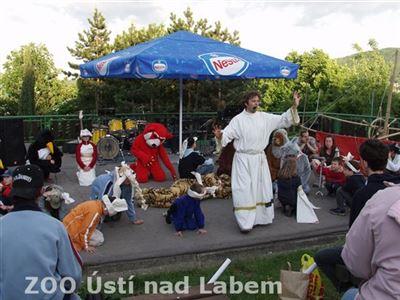 """Do příběhu """"Archa Noemova"""" se zapojily děti i plyšová zvířata"""